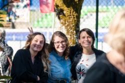 De gauche à droite : Émilie Karm, Sarah Ben-Ismail et Harmony Giannotta.