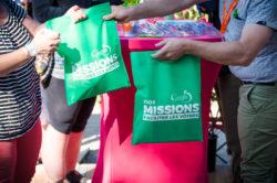 Partage des goodies pour les participants