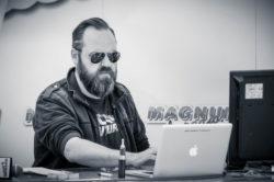 M. Fred Meunier de Magnum la radio