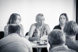 """Mme Brigitte Valdenaire intervenant dans l'atelier """"Actualités du pôle Carrières et Instances Paritaires"""""""""""